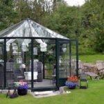 ogrod i mala szklarnia ogrodowa 150x150 Małe szklarnie ogrodowe